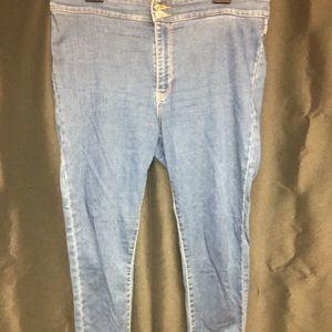 Women Skinny jean Levi's size 32